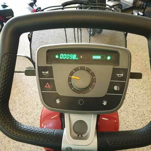 Scootmobiel Trophy 4 wiel met nieuwe accu,s 95km op de teller 1